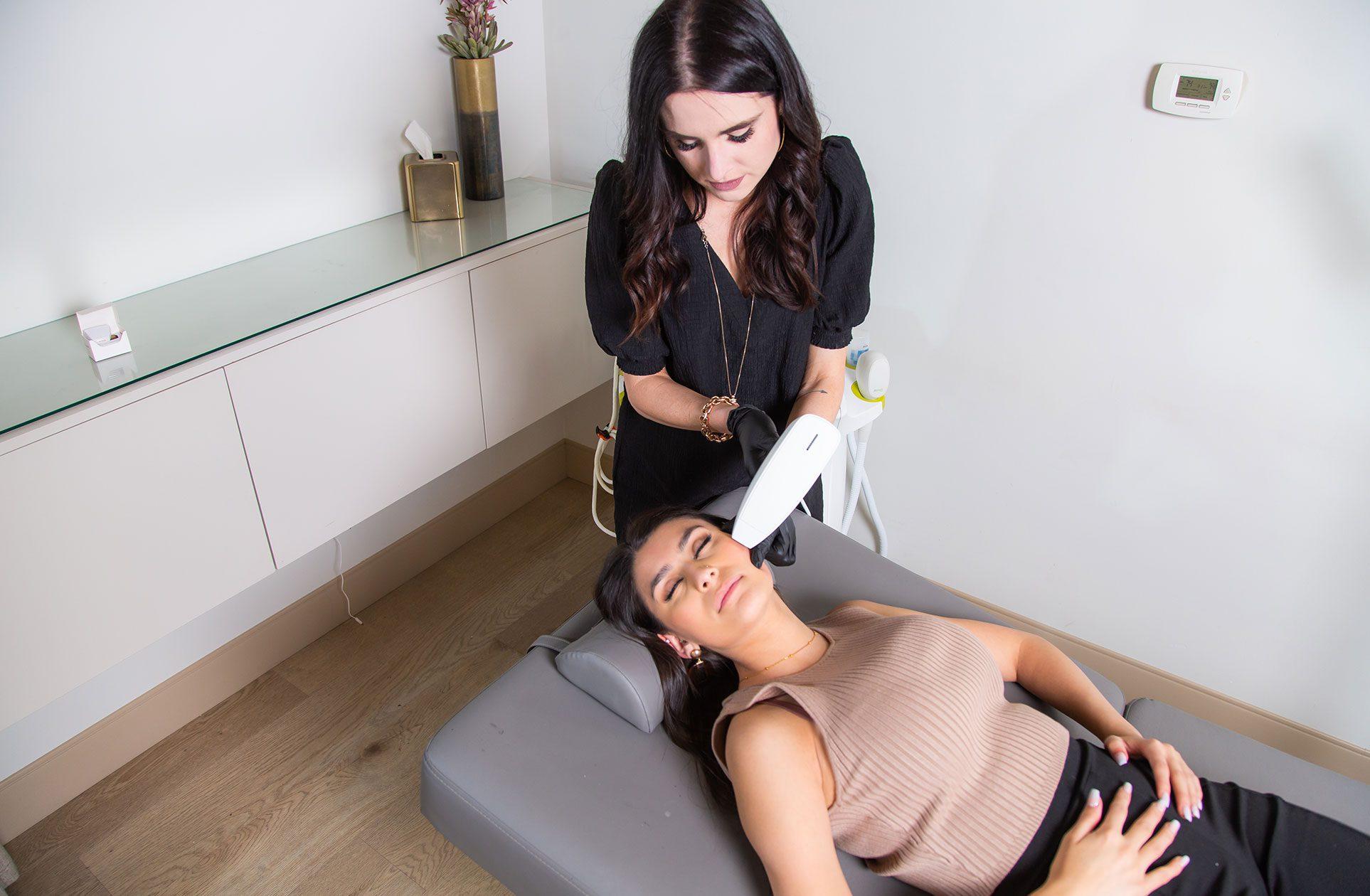 venus viva facial treatment